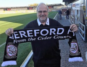 hereford-scarf